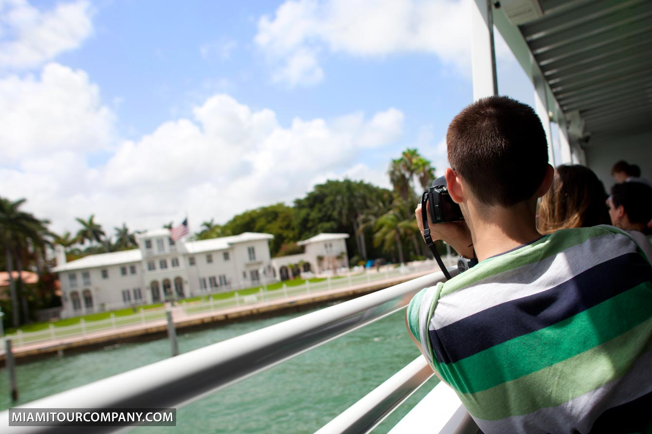 Miami: 1.5-Hour Celebrity Island Mansions & More Boat Tour ...